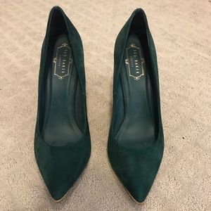Ted baker green suede stiletto